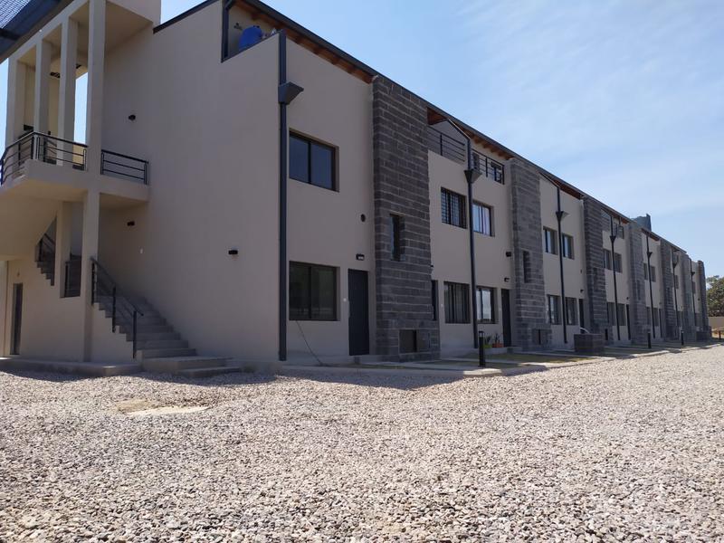 Foto Casa en Alquiler en  San Fernando,  Cordoba  Duplex en alquiler en  Housing cerrado. 2 dorm c/patio y cochera. B° San Fernando