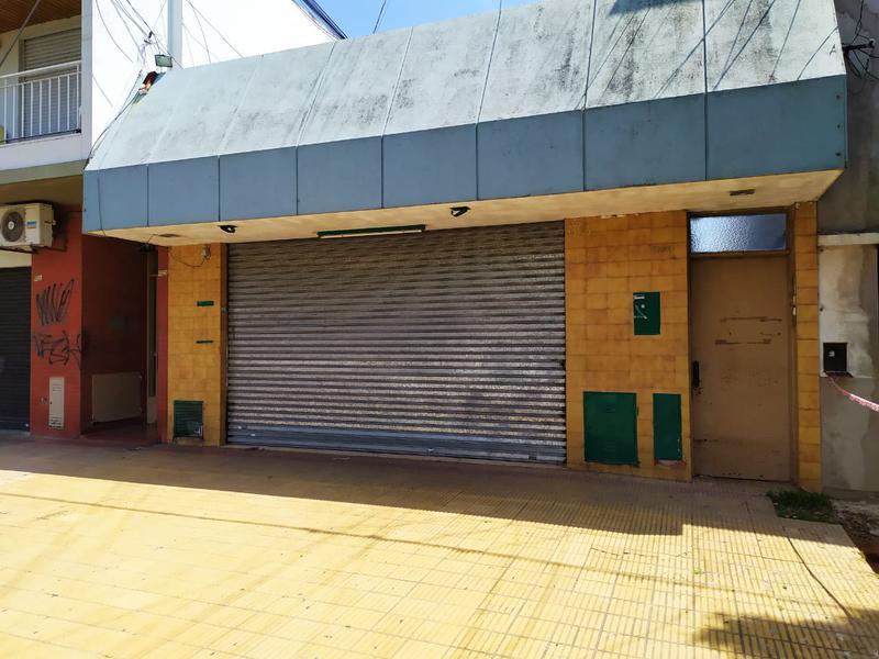 Foto Local en Alquiler en  La Plata ,  G.B.A. Zona Sur  38 entre 21 y 22