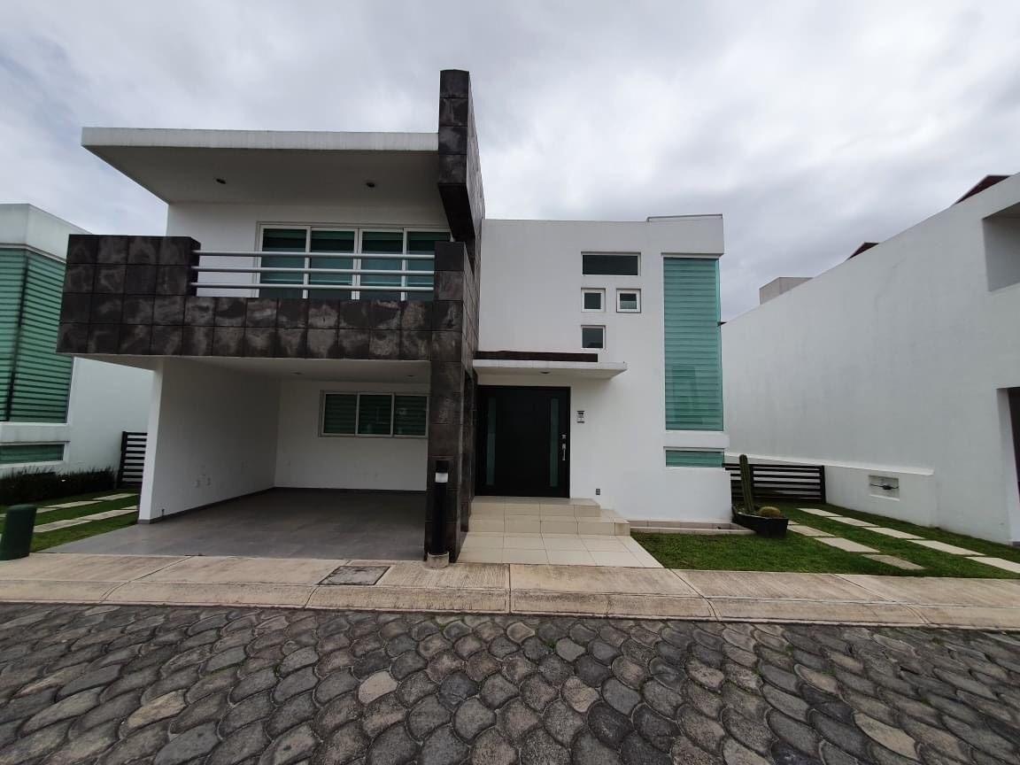 Foto Casa en condominio en Venta en  Metepec ,  Edo. de México  CASA EN VENTA EN CASCADA DEL ANGEL METEPEC
