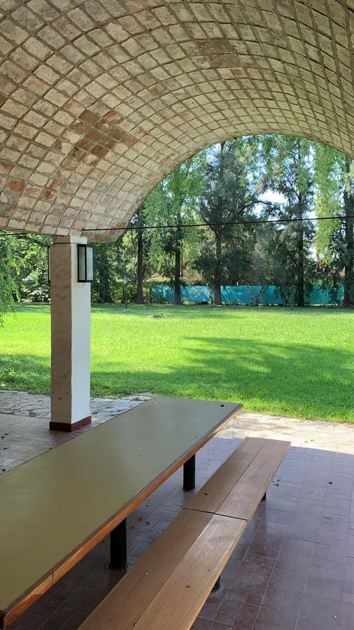 Foto Quinta en Venta en  Tortuguitas,  Malvinas Argentinas  Venta de  Casa Quinta en Av Pres. Arturo Umberto Illia 11410  Tortuguitas.