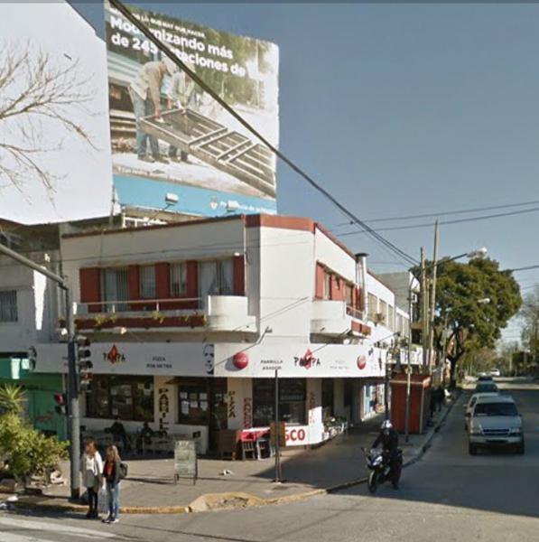 Foto Local en Venta en  Olivos,  Vicente Lopez  Av. Maipu al 4100