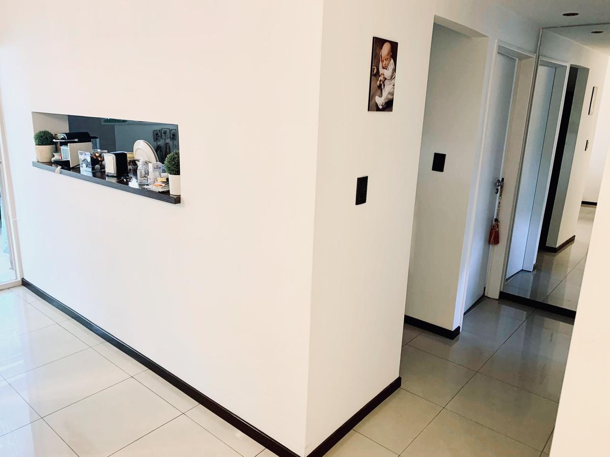 Foto Departamento en Venta en  Villa del Parque ,  Capital Federal  Camarones al 2900