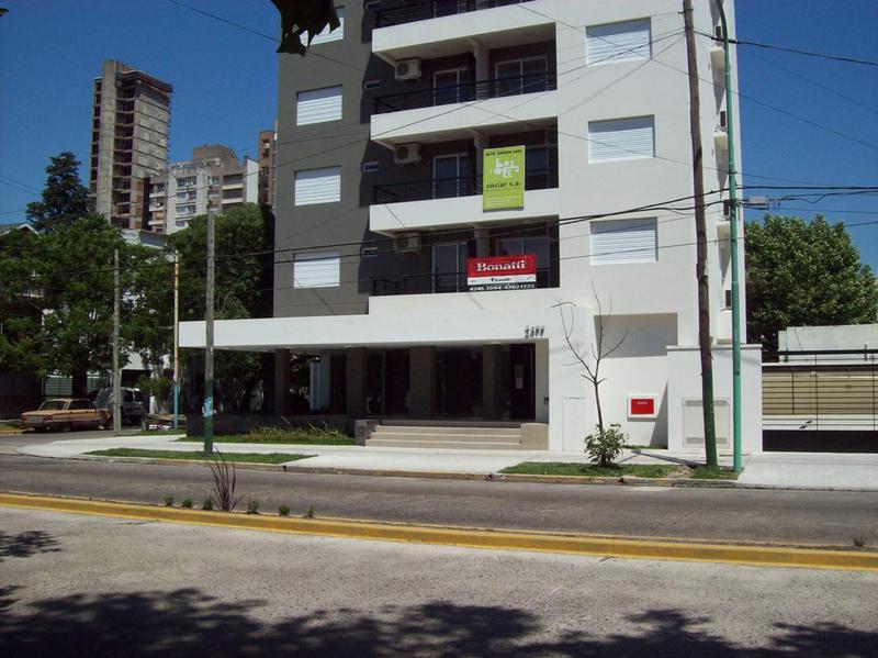Foto Departamento en Venta en  Lomas de Zamora Este,  Lomas De Zamora  Alte BROWN  2499 Esquina Espejo