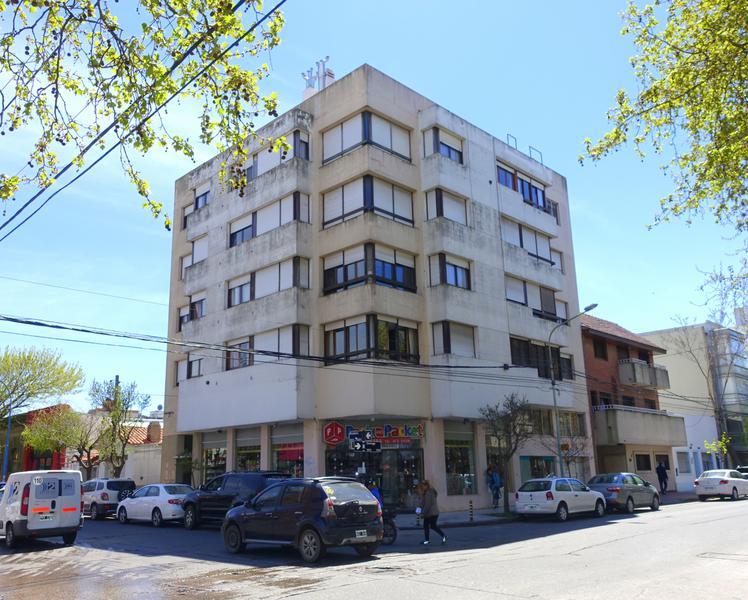 Foto Departamento en Venta en  Don Bosco,  Mar Del Plata  Rivadavia esquina Dorrego