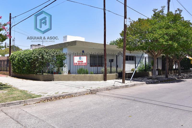 Foto Casa en Venta en  Lomas De San Martin,  Cordoba   Emilio Casas Ocampo al 2900