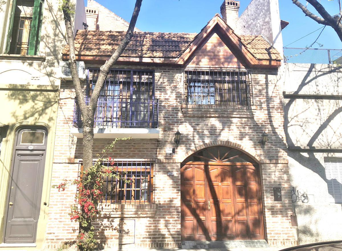 Foto Casa en Venta |  en  Caballito ,  Capital Federal  Isidoro Demaria al 800