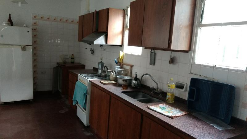 Foto Casa en Alquiler en  Alta Gracia,  Santa Maria  Casa  en alquiler - COMERCIAL - Céntrica