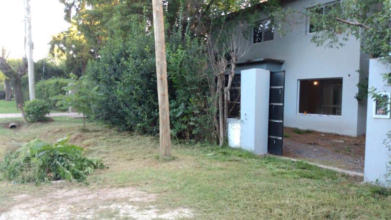 Foto Casa en Venta en  Barrio Parque Leloir,  Ituzaingo  Alsina al 2600