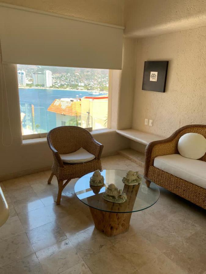 Foto Casa en Renta | Venta en  Fraccionamiento Playa Guitarrón,  Acapulco de Juárez  Acapulco Guerrero