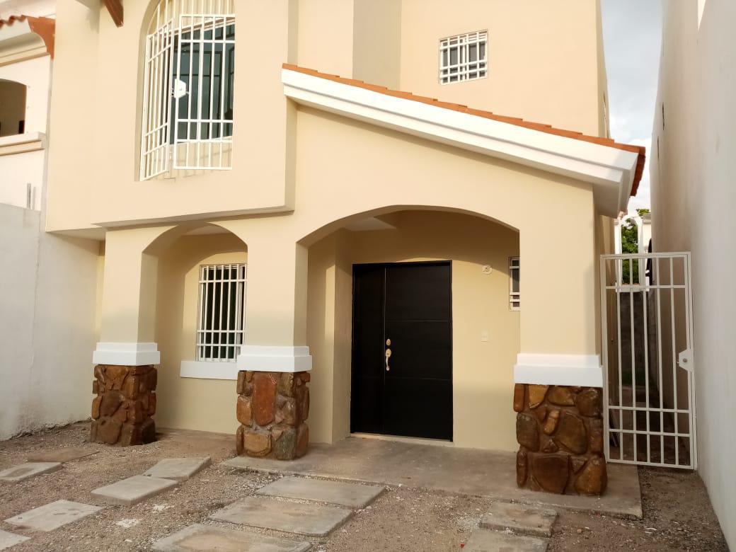 Foto Casa en Venta en  Fraccionamiento Stanza,  Culiacán          STANZA TOSCANA PRIVADA VALVA    NO. 3278