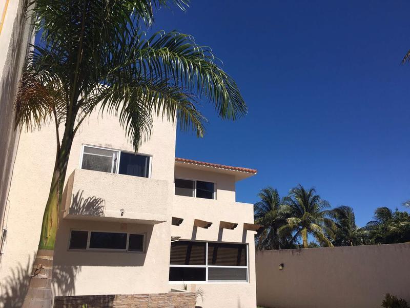 Foto Casa en Venta en  Zona Hotelera,  Cancún  POK TA POK ZONA HOTELERA