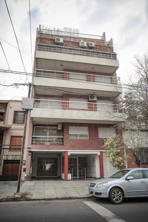 Foto Departamento en Venta en  P.Chacabuco ,  Capital Federal  Zuviria al 900