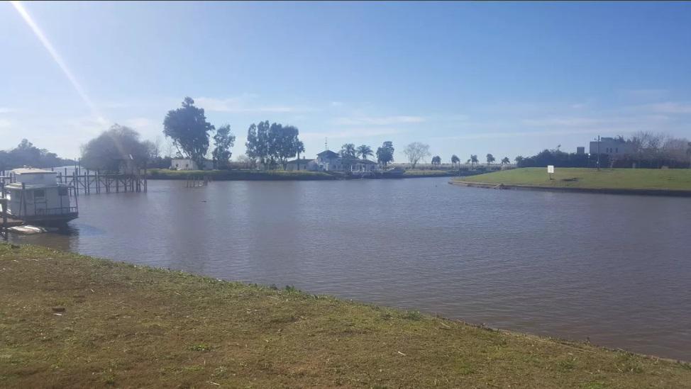 Foto Terreno en Venta |  en  San Benito,  Villanueva  Lote al rio. San Benito. Villanueva. Dean Funes al 3600