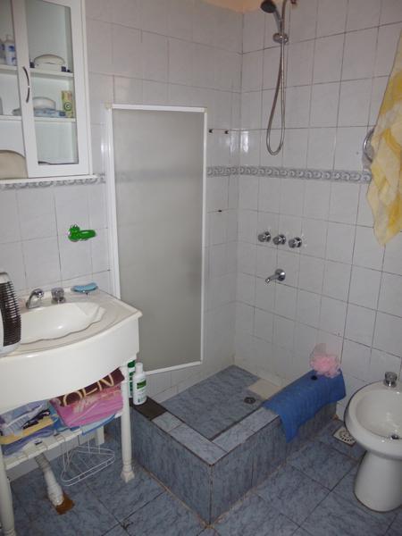Foto Casa en Venta en  Moron,  Moron  Avellaneda al 400
