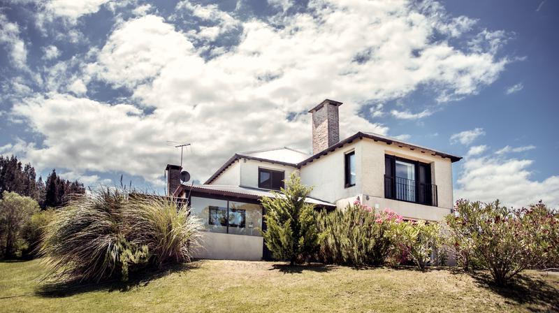 Foto Casa en Alquiler en  Lomas de Carrasco,  Countries/B.Cerrado (Carrasco)  Lomas de Carrasco