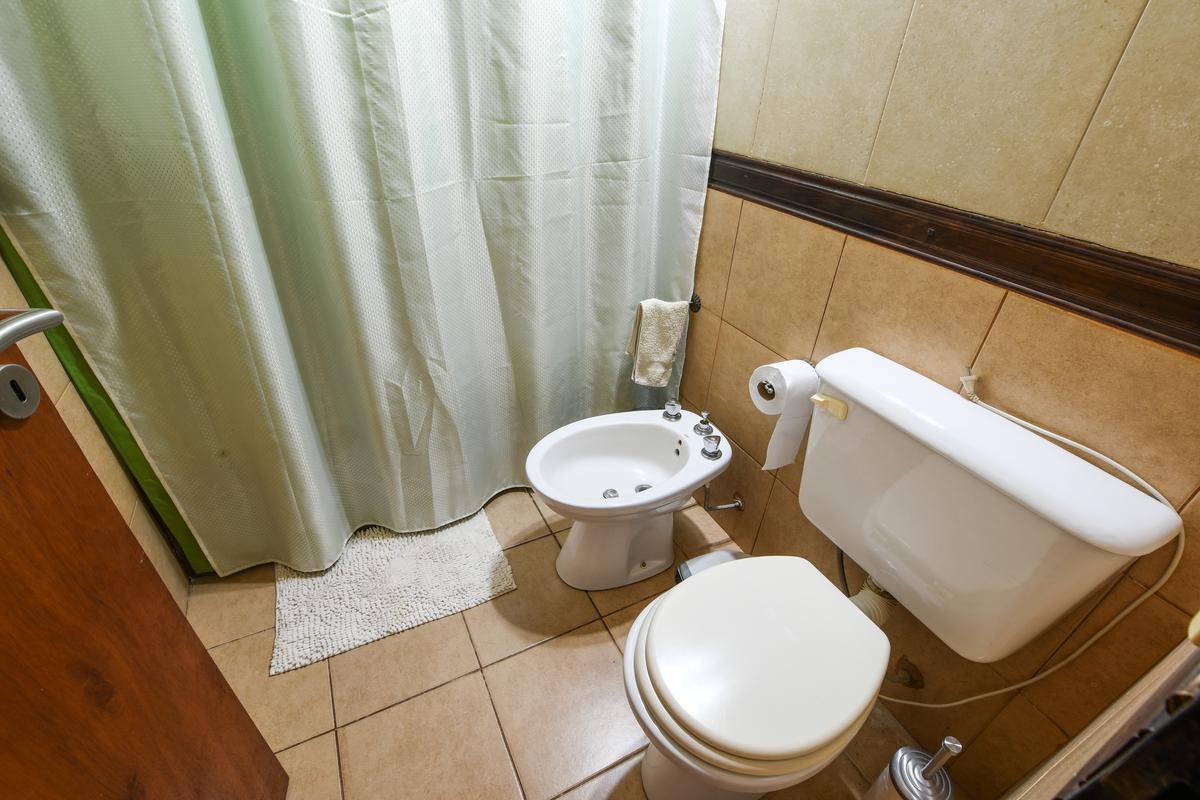 Casa de 3 dormitorios en venta con pileta Centro Funes
