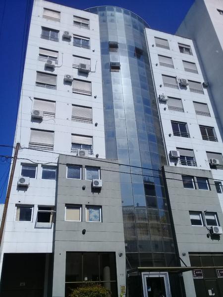 Foto Departamento en Alquiler en  La Plata ,  G.B.A. Zona Sur  48 entre 13 y 14