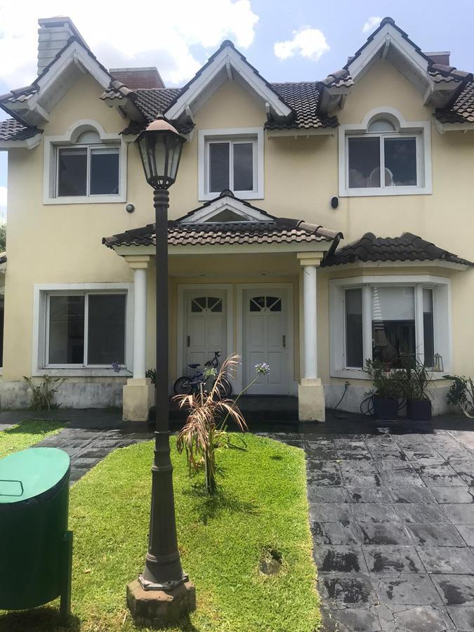 Foto Casa en Venta en María del Parque, G.B.A. Zona Oeste | Ituzaingó | Maria del Parque
