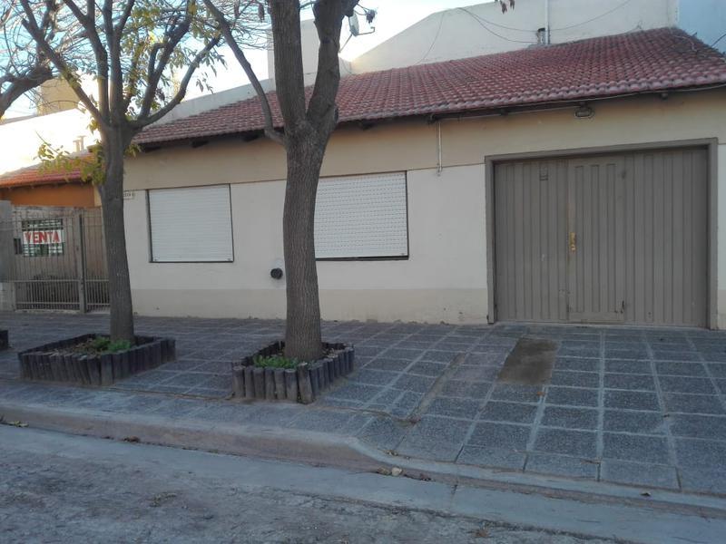 Foto Casa en Venta |  en  Cipolletti,  General Roca  BUENOS AIRES Y CIRCUNVALACION