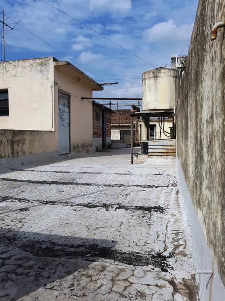 Foto Casa en Venta en  Lanús Oeste,  Lanús  Av. San Martin al 1400