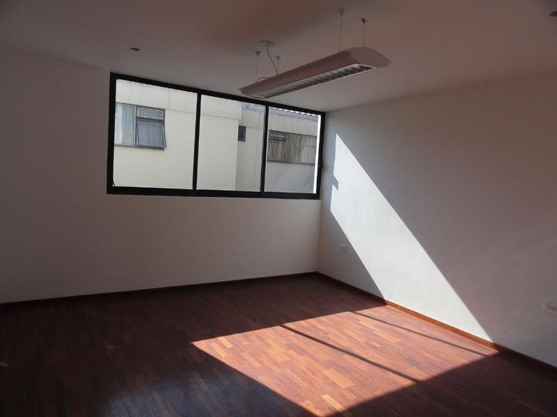 Foto Oficina en Renta en  Anzures,  Puebla  Oficina en renta zona Plaza Dorada, oficina+baño privado
