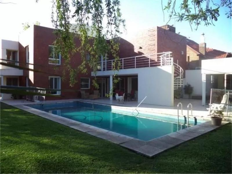 Foto Casa en Venta en  San Miguel De Ghiso,  Countries/B.Cerrado  Santa Fe al 2800