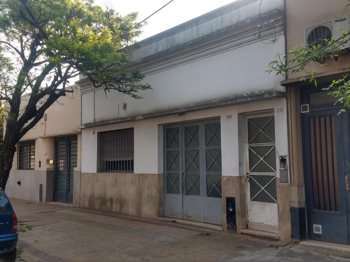 Foto Casa en Alquiler en  La Plata,  La Plata  Av  66 próximo 3