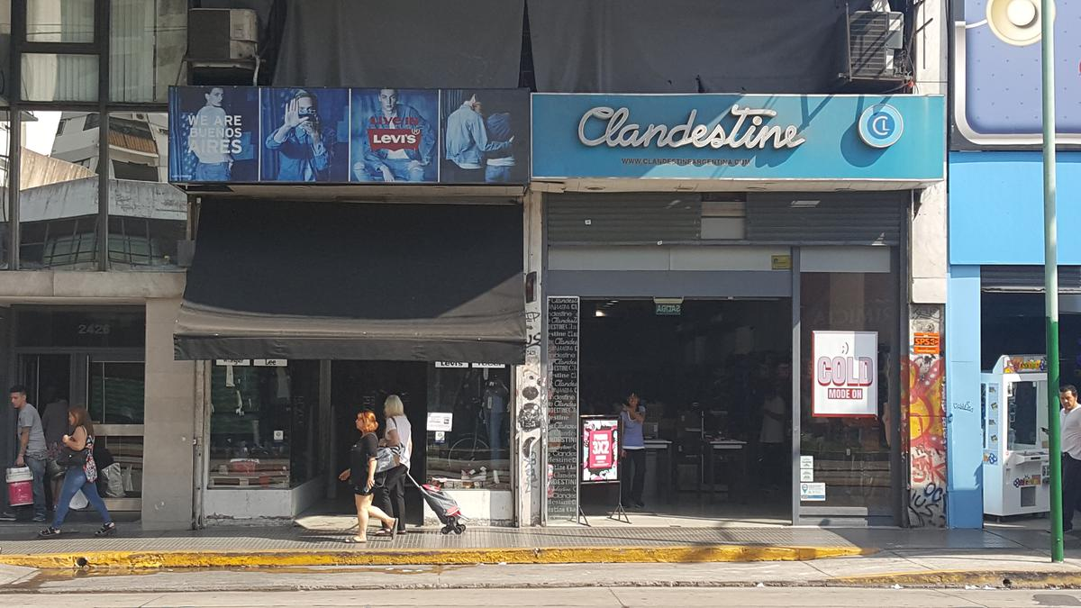 Foto Local en Alquiler en  Belgrano ,  Capital Federal  Av.Cabildo al 2400