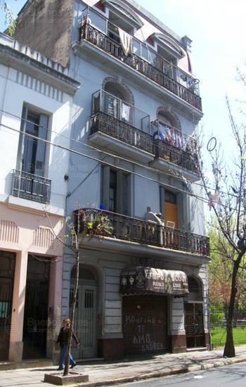 Foto Hotel en Venta en  Balvanera ,  Capital Federal  24 de noviembre al 100