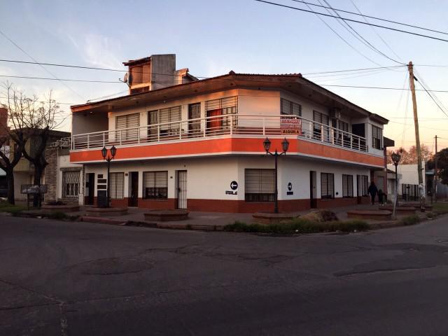 Foto Departamento en Alquiler en  Centro (Moreno),  Moreno  1er. Piso - Dpto. Nº6 - Interno - Consulte disponibilidad - Monoambiente - Moreno sur