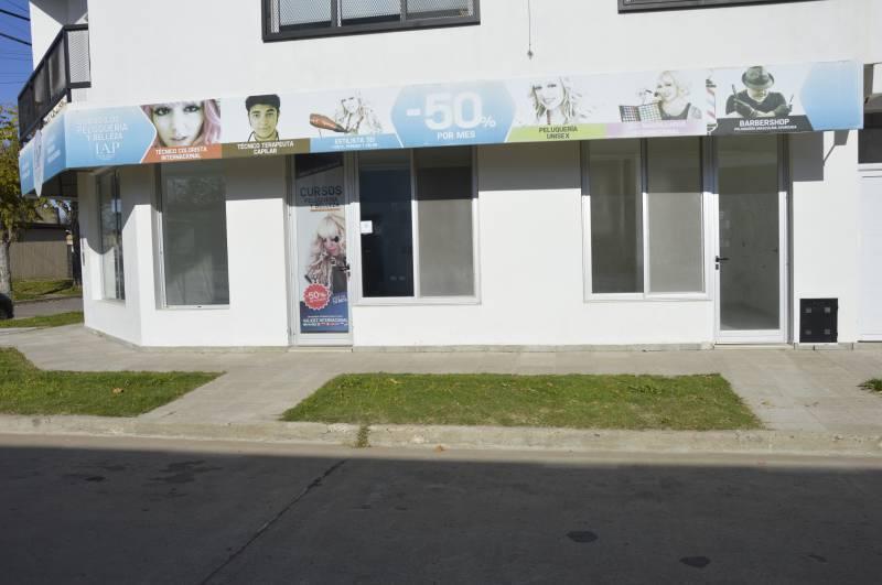 Foto Local en Venta en  General Belgrano,  General Belgrano  Posadas esquina Paso al 900