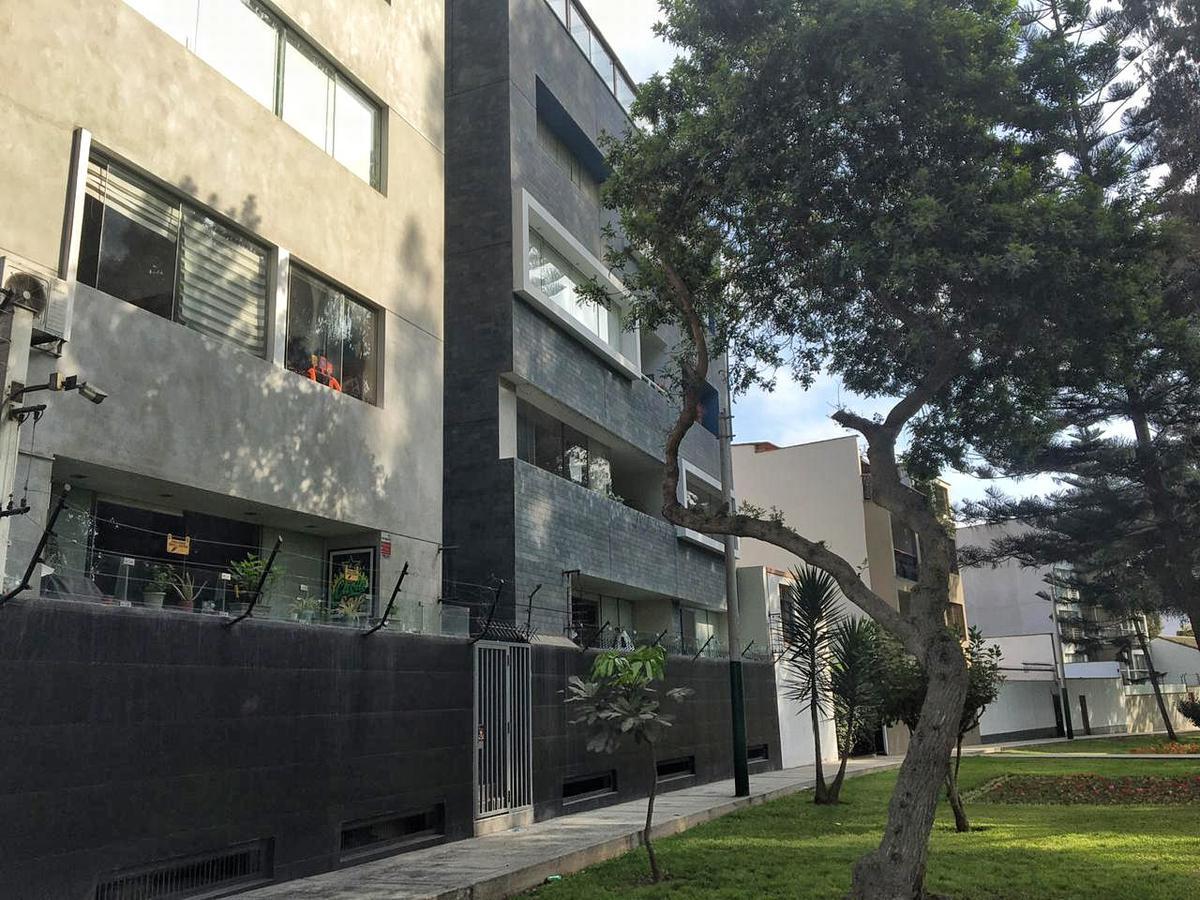Foto Departamento en Venta en  Santiago de Surco,  Lima  Calle Urb Higuereta