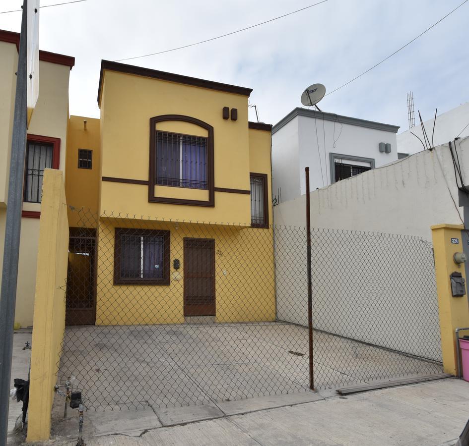 Foto Casa en Venta en  Arcos del Sol,  Monterrey  Arcos de Milán al 300
