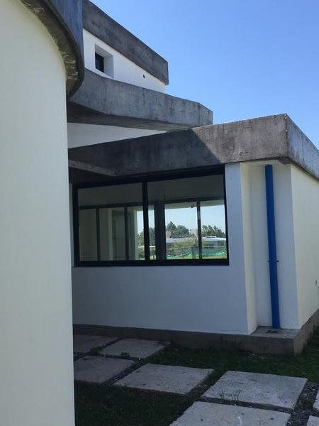 Foto Casa en Venta en  Yerba Buena ,  Tucumán  Contry Vilanova