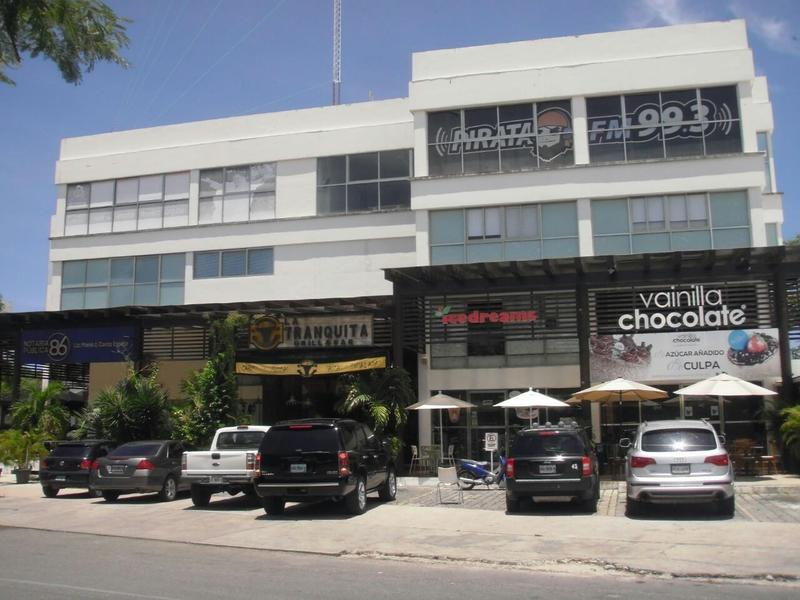 Foto Local en Venta en  Cancún Centro,  Cancún  LOCAL COMERCIAL EN CANCUN EN ZONA CENTRO