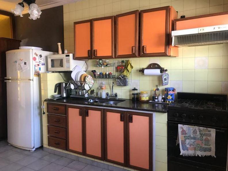 Foto Local en Venta en  La Plata,  La Plata      520 e/ 3 y 3 bis