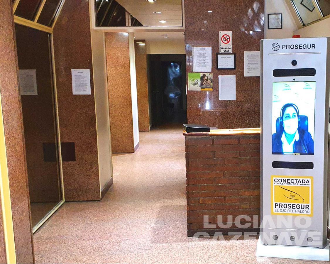Foto Departamento en Venta en  Tribunales,  Centro (Capital Federal)  AV. CORRIENTES al 1100