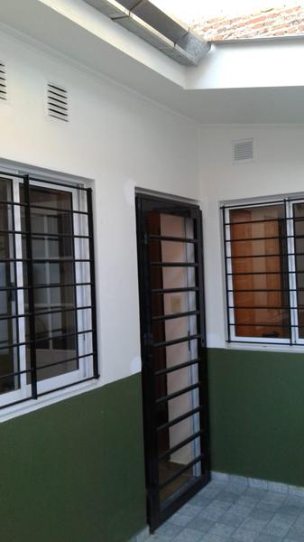 Foto PH en Alquiler en  Lanús Oeste,  Lanús  Jose María Moreno al 2500