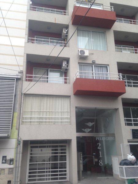 Foto Departamento en Alquiler en  Lomas de Zamora Oeste,  Lomas De Zamora  Carlos Pellegrini 218 1° B
