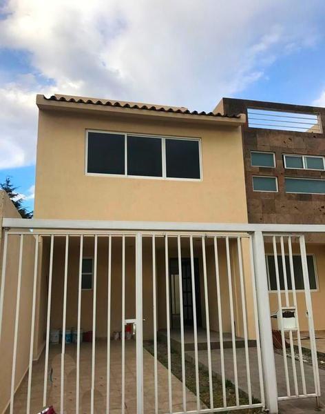 Foto Casa en condominio en Venta en  Bosques Residencial,  Zinacantepec  CASA NUEVA EN VENTA  BOSQUES DE ICA ZINANCANTEPEC