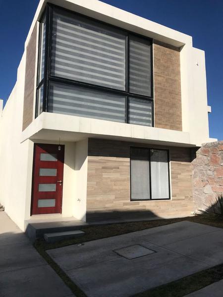 Foto Casa en condominio en Renta en  Residencial el Refugio,  Querétaro  Residencial el Refugio