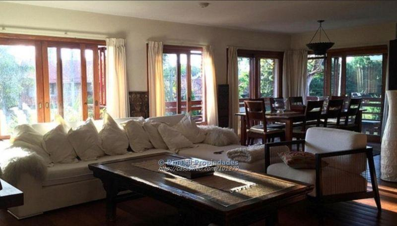 Foto Apartamento en Venta en  Carrasco ,  Montevideo  BLANCO ACEVEDO, DR. EDUARDO 1900