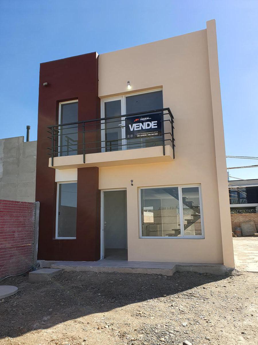Foto PH en Venta en  Plottier,  Confluencia  Dúplex 2 Dormitorios  - Barrio Altos de Alberdi III - Plottier
