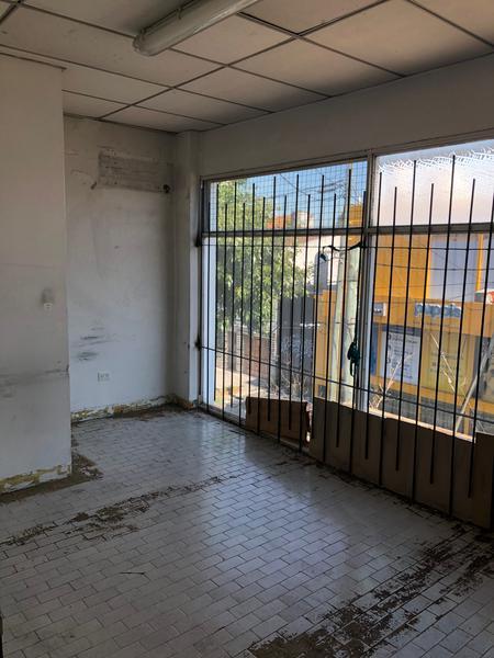 Foto Local en Venta en  Florida Belgrano-Oeste,  Florida  AV. MITRE 1800
