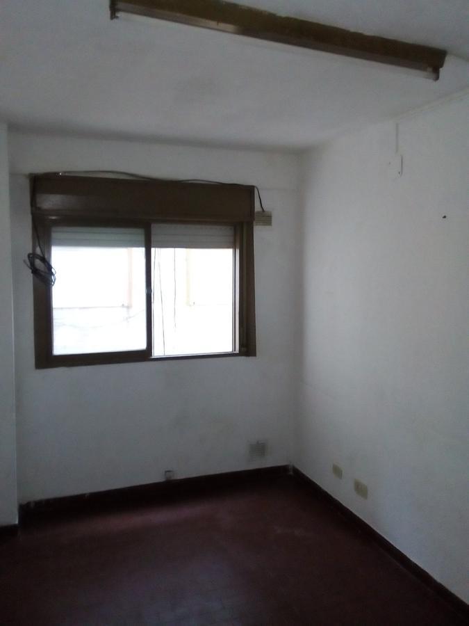 Foto Departamento en Alquiler en  Macrocentro,  Rosario  Callao al 1300