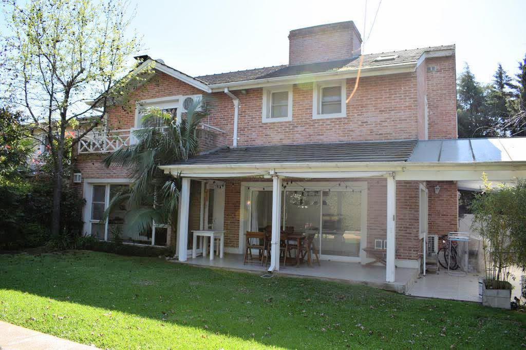 Foto Casa en Venta en  Camino Real,  Countries/B.Cerrado (San Isidro)  Camino Real al 100