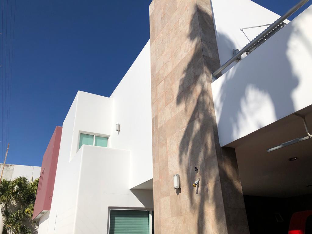 Foto Casa en Venta en  Fraccionamiento 3 Ríos,  Culiacán  Casa Desarrollo 3 Ríos 265m2 Construcción Equipada