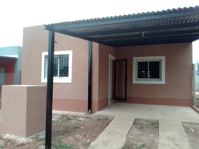 Foto Casa en Venta en  Capital ,  Tucumán  Casa en Venta en Los Nogales, Barrio Privado.
