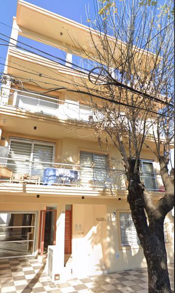 Foto Departamento en Alquiler en  Lomas de Zamora Oeste,  Lomas De Zamora  RIVERA 266