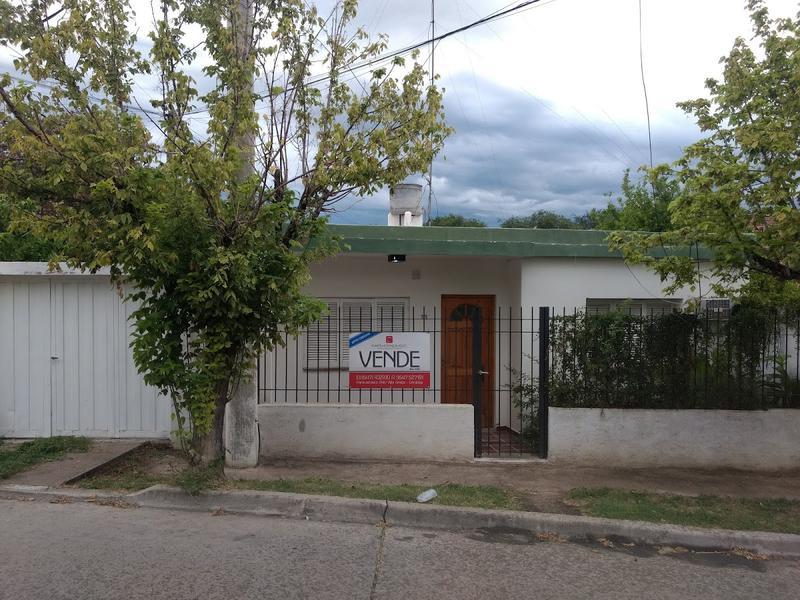 Foto Casa en Venta en  Alta Gracia,  Santa Maria  Casa en Venta a 4 Cuadras del Tajamar